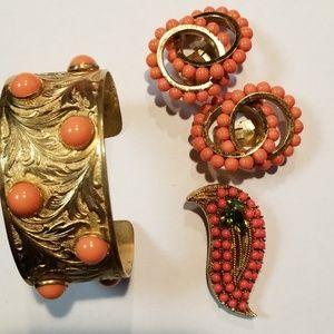 Jewelry - Vintage Gold and Orange Jewelry Set